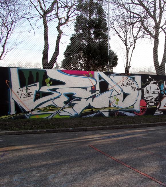 Caluire-fresque-Wobe-Kash-Décembre-2012-bisL